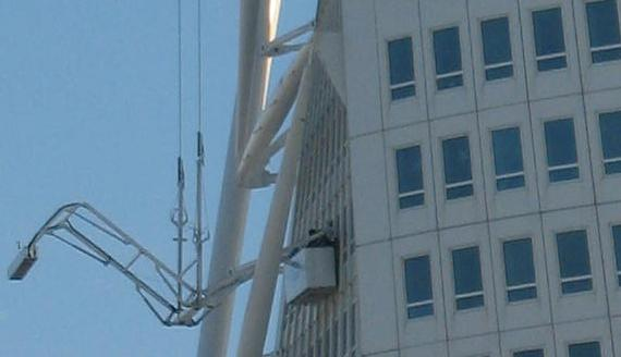 Cleaning the windows Turning Torso